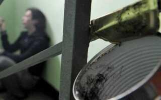 Можно ли курить в подъезде жилого дома: штраф по новому закону в 2020–2021 годах