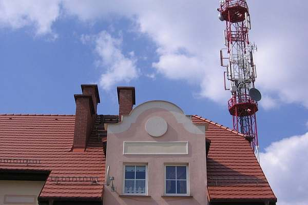 Расстояние от вышки сотовой связи до дома