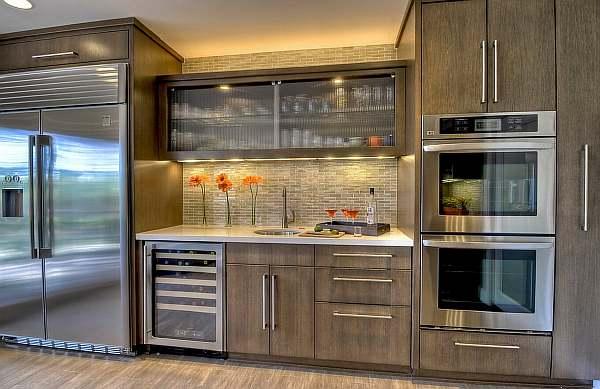 На какой высоте вешать кухонные шкафы
