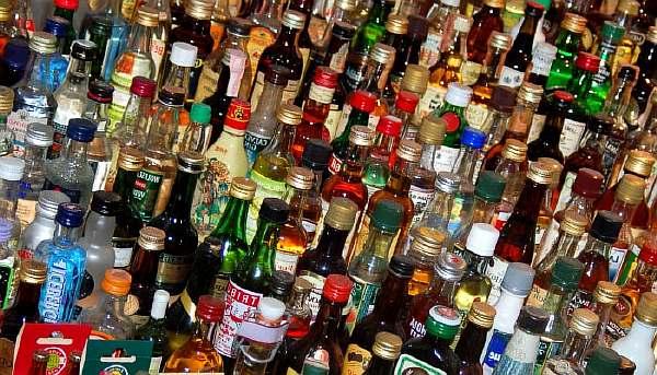 Вывоз алкоголя из России: нормы 2020, сколько можно вывезти по таможенным правилам