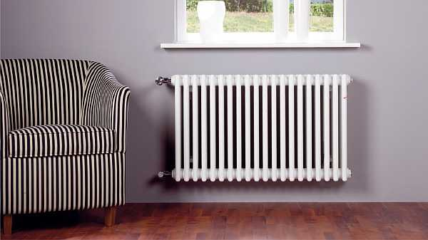 Радиатор на стене