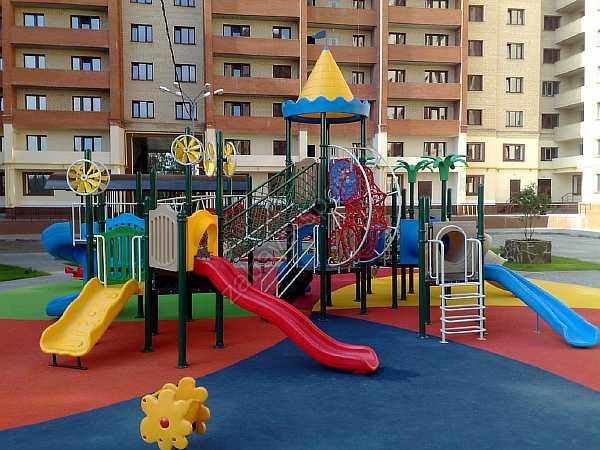 Расстояние от детской площадки до жилого дома