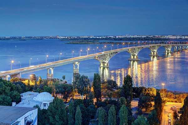 Расстояние от Москвы до Саратова